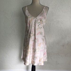 Oscar de la Renta Vintage Floral Nightgown